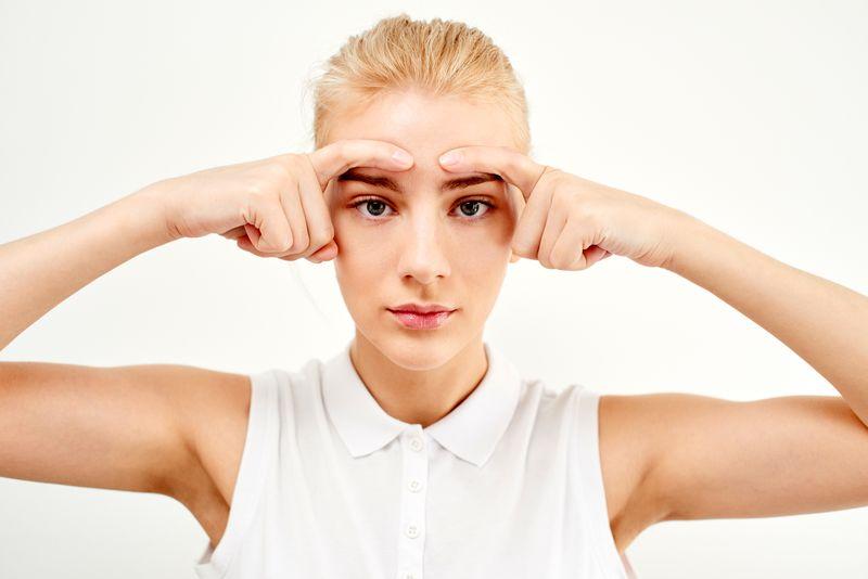 Des exercices de yoga pour le visage contre le stress et les rides ! La chouette